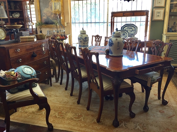 Link Taylor Dining Table