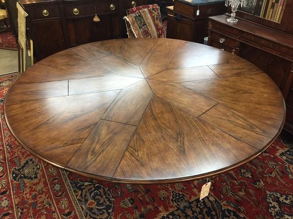 Sarreid Ltd. Jupe Table
